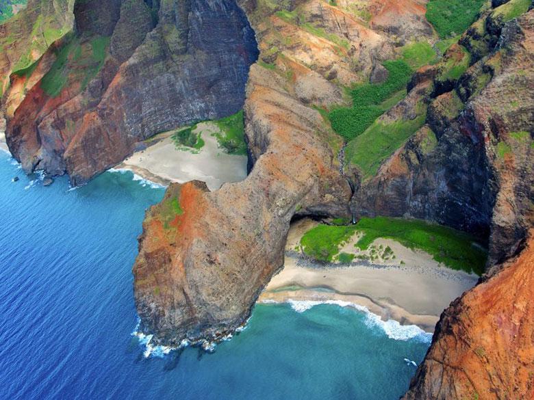 Địa điểm: Bãi biển Honopu, Hawaii