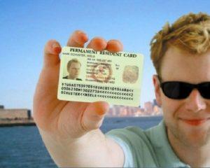 Thi nhập quốc tịch Mỹ và Quyền lợi của người có Thẻ xanh Mỹ