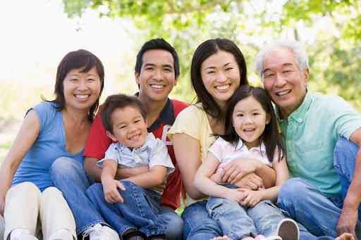 Dự luật di trú Mỹ mới: Con có quốc tịch không còn bảo lãnh được cha mẹ và anh em